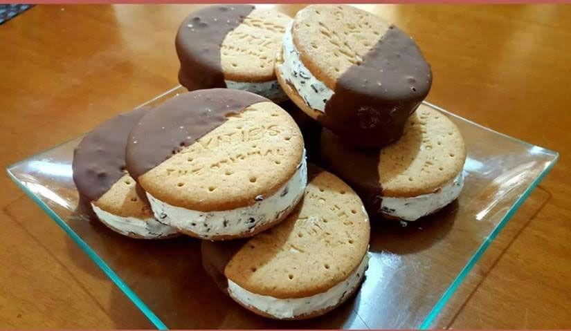 Παγωτό σάντουιτς με μπισκότα