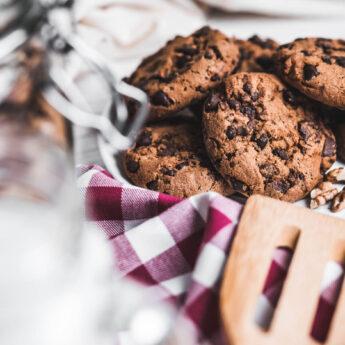 Μαλακά μπισκότα με διπλή σοκολάτα