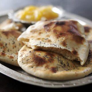 Ινδικό ψωμί Naan