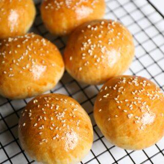 Σπιτικά ψωμάκια για χάμπουργκερ