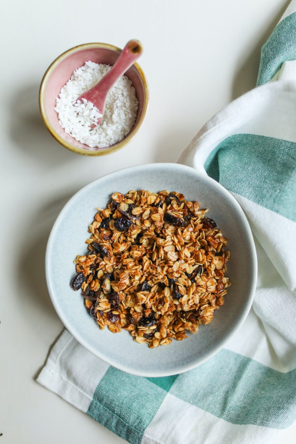 granola: το καλύτερο σπιτικό μούσλι – συνταγή