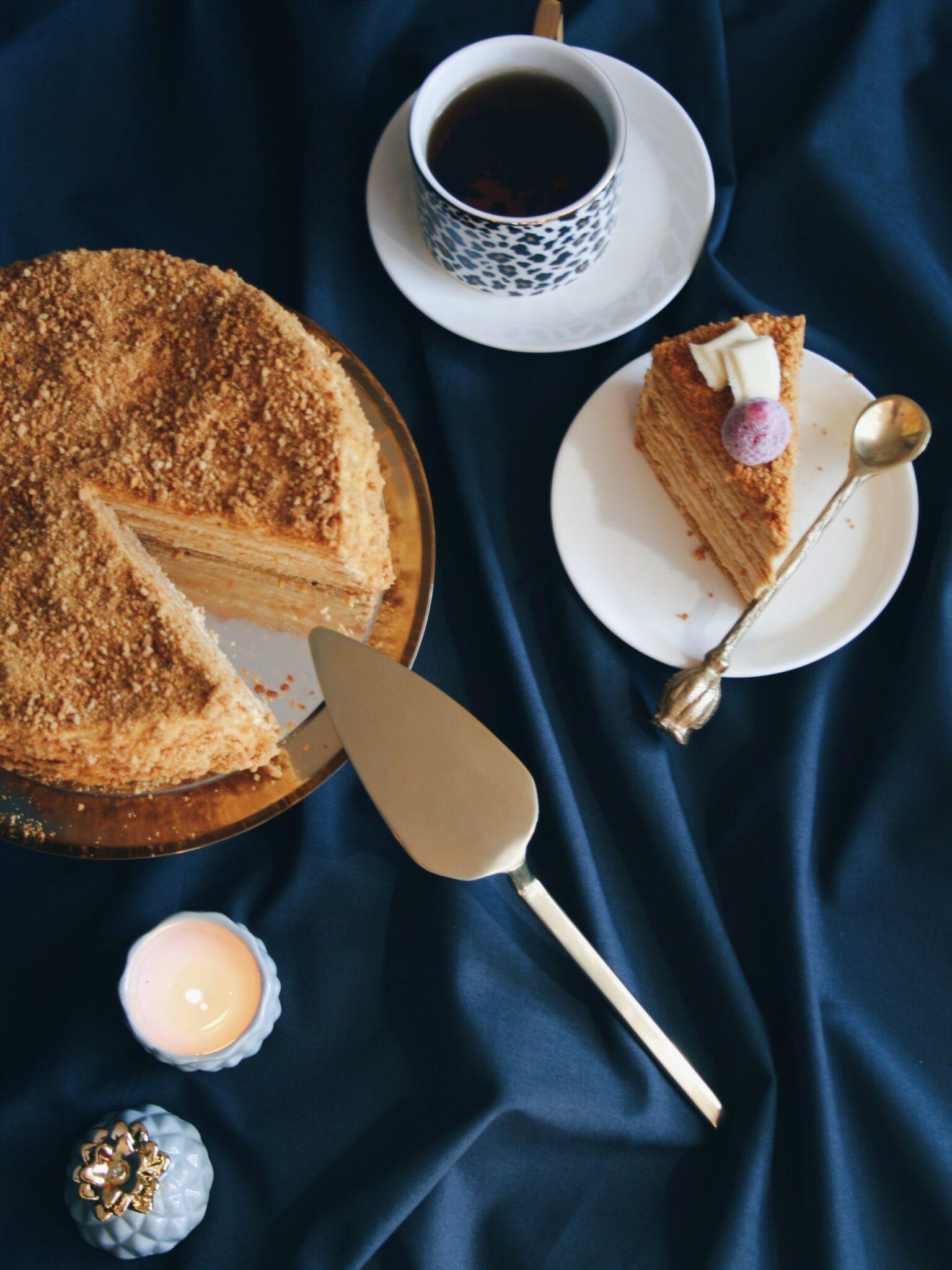 Μελένια τούρτα Medovic από τη Ρωσία